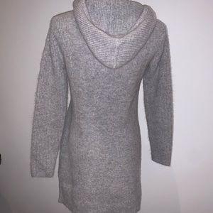 ATHLETA cashmere cowlneck Sz M sweater